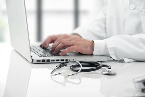 """互联网医疗行业观察:平台里的""""僵尸""""医生-智医疗网"""